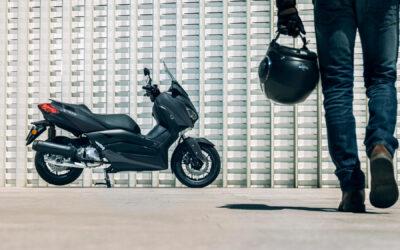 6 consejos a la hora de conducir tu moto
